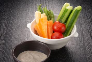 野菜スティックかに肝マヨネーズ